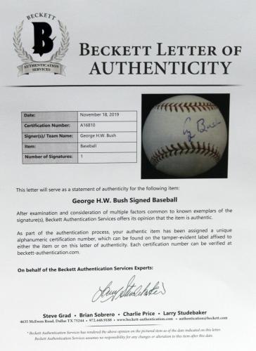 President George H. W. Bush Signed Autographed Snow White Baseball Beckett Bas