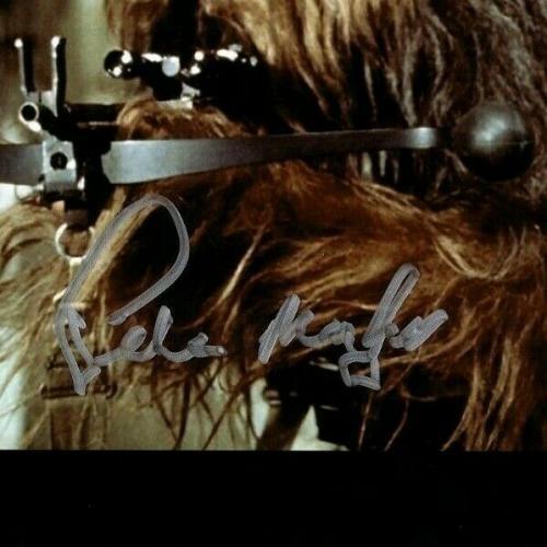 "PETER MAYHEW Signed  STAR WARS ""Chewbacca"" 11x14 Photo BECKETT BAS #D55802"