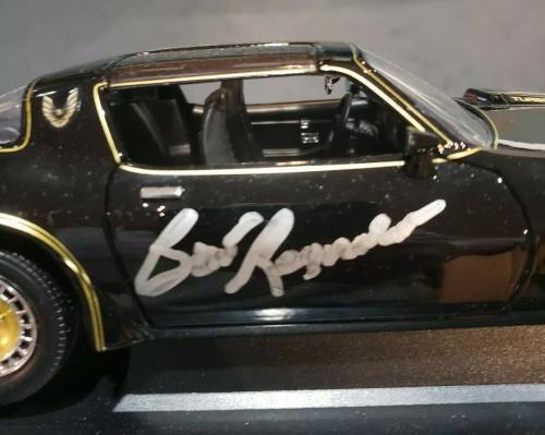Burt Reynolds Signed Car Diecast 1:18 Smokey and The Bandit 2 PSADNA Sally Field