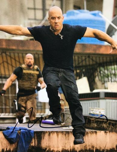 Vin Diesel Signed 'Fast Fast & Furious' 11x14 Photo *Dominic Toretto PSA Y86431
