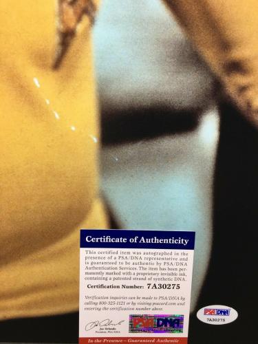 William Shatner Signed 'Star Trek' 16x20 Photo PSA 7A30293