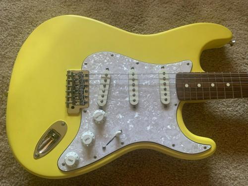 Def Leppard Phil Collin Played & Joe Elliot Ad Fender Stratocaster Guitar