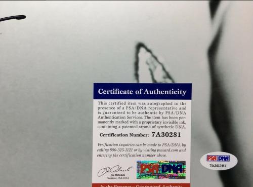William Shatner Signed 'Star Trek' 16x20 Photo PSA 7A30281