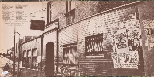 Pete Townshend Autographed Meaty Beaty Big and Bouncy Album - JSA LOA
