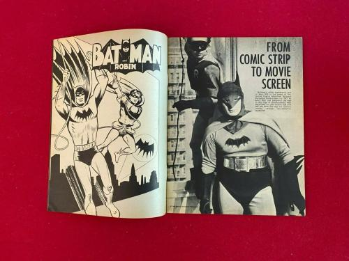 "1966, BATMAN, ""SUPER HEROES"" (No Label) Magazine (Scarce / Vintage)"