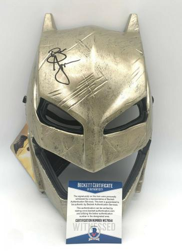 "Ben Affleck ""justice League"" Autograph Signed 'batman' Cowl Mask Beckett Bas 2"
