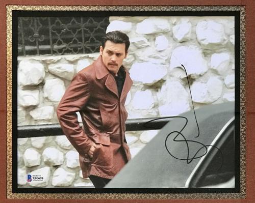 JOHNNY DEPP (Donnie Brasco) signed 8x10 custom framed display-BAS