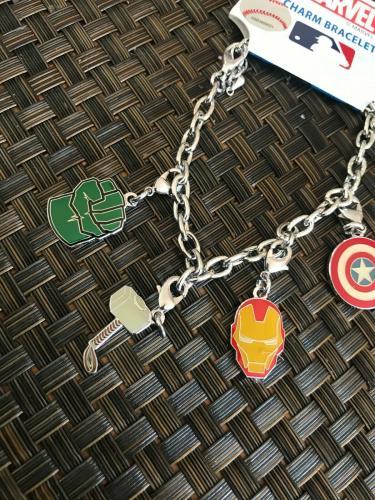 Aminco Mlb Baseball Ny Yankees Team Logo Marvel Super Hero Adult Charm Bracelet