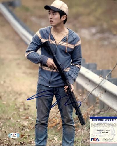 "Steven Yeun Signed 16x20 Photo "" The Walking Dead * PSA AI80400  ""Glenn"