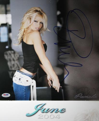 Pamela Anderson Sexy Signed 2004 Calendar Sexy Psa/dna W79945