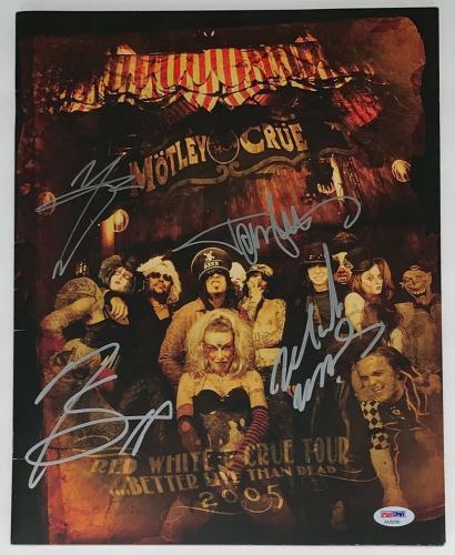 Motley Crue X4 Tommy Nikki Mick & Vince Signed Red White & Crue Tour Program Psa