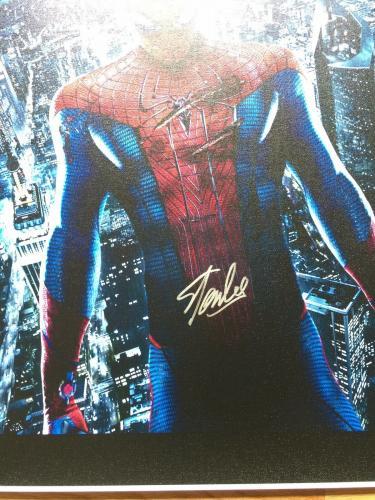 MARVEL COMICS STAN LEE signed 24x40 SPIDERMAN NEW YORK CITY GICLEE CANVAS JSA