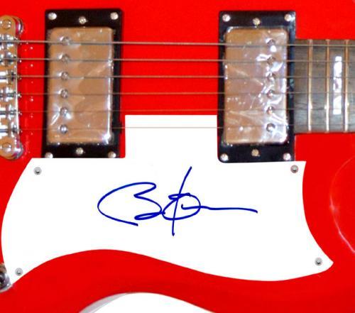 President Barack Obama Autographed Signed Red Guitar AFTAL UACC RD COA