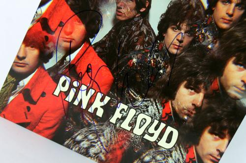 Roger Waters Pink Floyd Signed Album Cover W/ Vinyl Autographed BAS #B38561