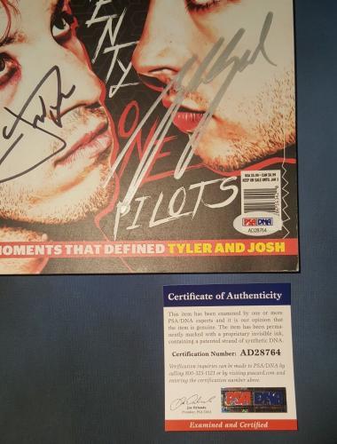 21 Twenty One Pilots Josh Dun Tyler Joseph Signed Autographed Magazine PSA/DNA