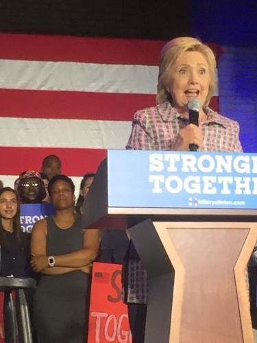 Hillary Rodham Clinton Presidential Playset : signed autograph Book JSA COA