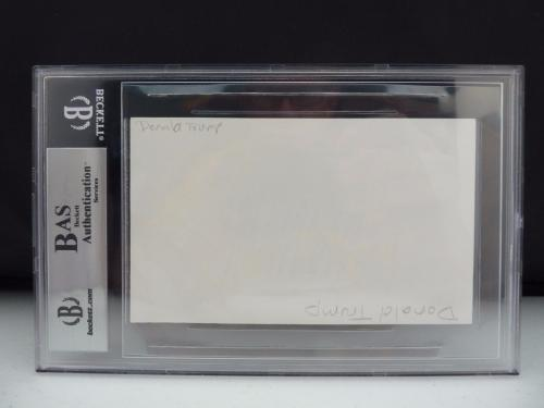 Donald Trump Signed Autographed 3x5 Index Card Beckett Certified & Slabbed