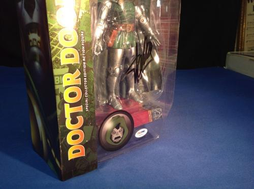 Stan Lee signed Marvel Select Doctor Doom Figure PSA/DNA  #X60583