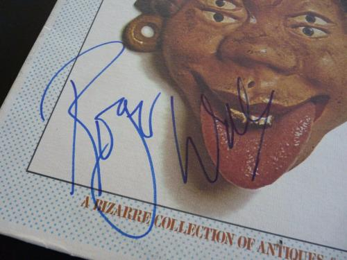 Roger Waters Pink Floyd Relics RARE Autographed Signed LP Beckett Certified