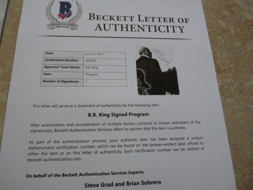 BB King Of The Blues Signed Autographed Tour Book Program Beckett Certified