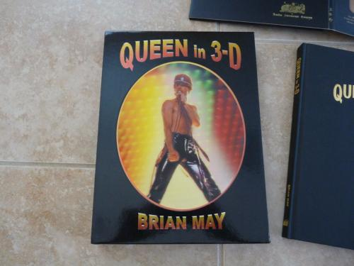Brian May Queen Signed Autographed In 3D Book Set Beckett Certified