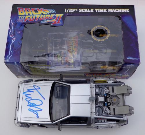 Michael J. Fox Signed Back To The Future Ii Delorean 1/15 Psa Coa Ad48358