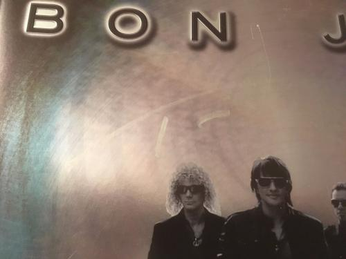 BON JOVI- The Circle World Tour book signed by ALL 4 members of Band- FSC COA