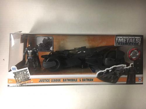Ben Affleck Signed Justice League Batmobile & Batman Metals Die Cast Bas Coa C