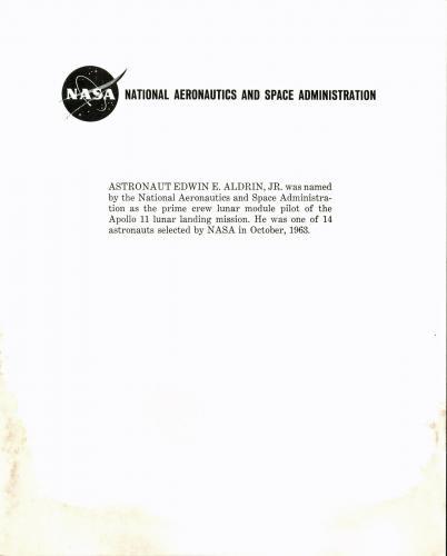 """Edwin """"Buzz"""" Aldrin NASA Apollo 11 Astronaut Signed 8x10 Press Photo BAS #D67970"""