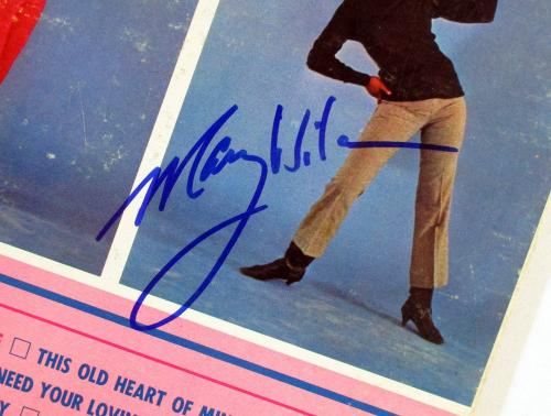 Mary Wilson Signed LP Record Album The Supremes A' Go-Go w/ AUTO DF018445