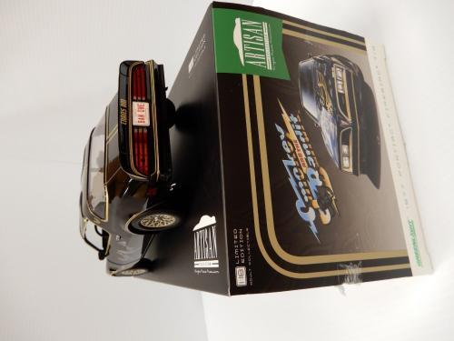 Burt Reynolds Signed Smokey And The Bandit 1977 Pontiac Diecast Car 1:18 Proof