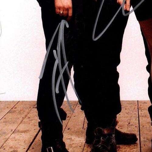 """HALESTORM Signed Autographed 8X10 Photo """"LZZY HALE +3"""" JSA #V77502"""