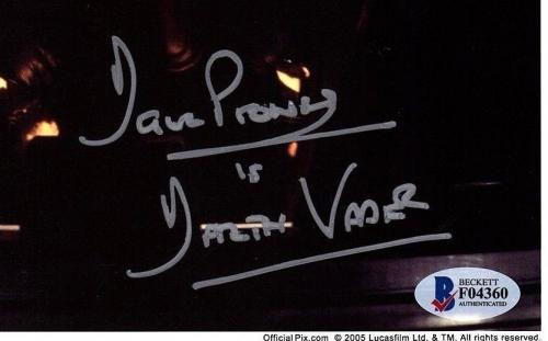 DAVE PROWSE Signed Darth Vader STAR WARS 8x10 Official Pix Photo BECKETT #F04360