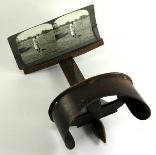 1910's-1920's Vintage Wooden Stereo Viewer with Bobby Jones Keystone Viewing Co.