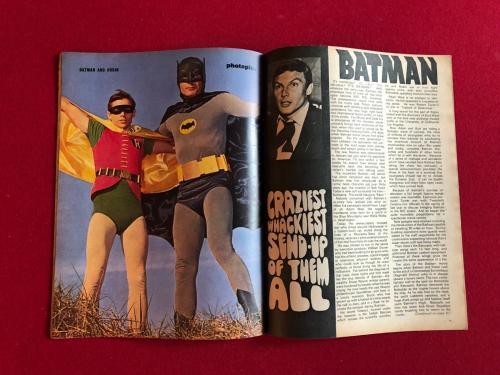 "1967, BATMAN, ""Photoplay"" Magazine (No Label) Scarce"