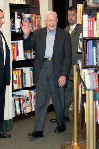 """President Jimmy Carter Signed Book """"a Full Life"""" With 12 Photos From Signing Jsa"""