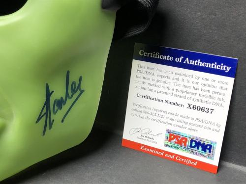 Stan Lee Signed Marvel:The Incredible Hulk Hero Mask *Avengers PSA X60637