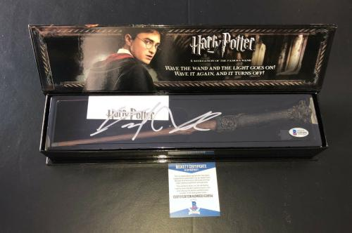 Daniel Radcliffe Signed Autograph Harry Potter Illuminating Wand Bas Beckett 3