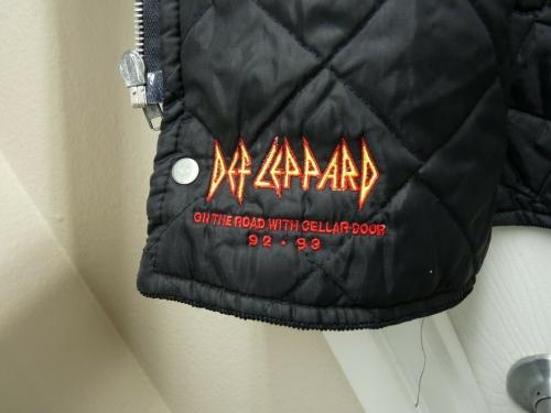 Def Leppard On The Road With Cellar Door Tour 1992-93 Crew Issued Vest SS1