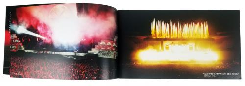 Pink Floyd Roger Waters Signed 8x14 The Wall Live Tour Program BAS #A73015