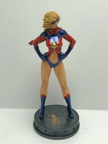 Stan Lee Signed 'Ms. Marvel' Bowen Designs Statue PSA AA95854