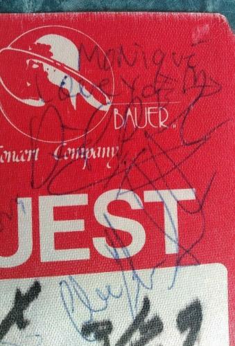 Jon Bon Jovi Richie Sambora & Band Members Multi Signed Vintage Guest Badge Coa