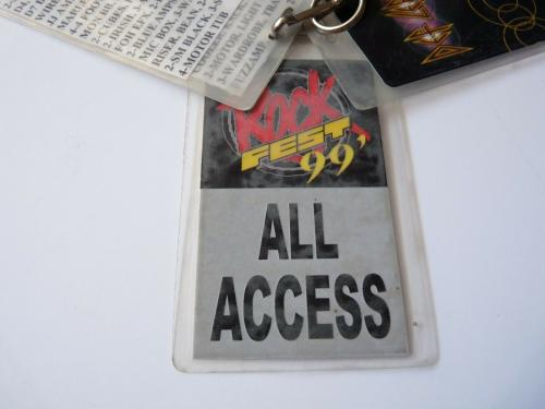 Def Leppard GUILTY 1999 Tour Issued Used Lot of 4 Backstage Pass Laminate