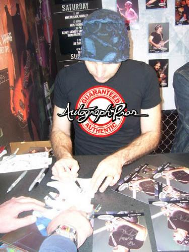 Metallica Kirk Hammett & Joe Satriani Signed Guitar Magazine PSA AFTAL