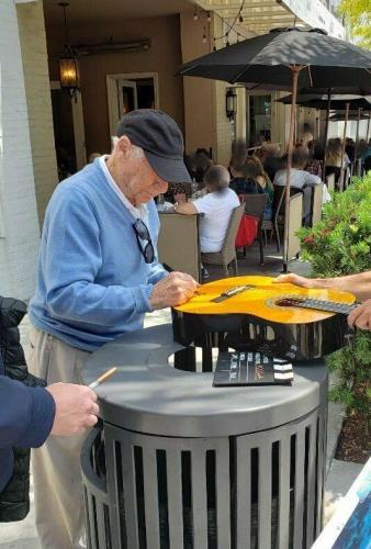 Mel Brooks Hand Signed Autographed Acoustic Guitar Legend JSA DD 608013