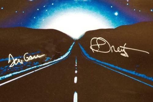 RICHARD DREYFUSS + TERI GARR Signed Close Encounters CE3K Movie Poster ~ BAS COA