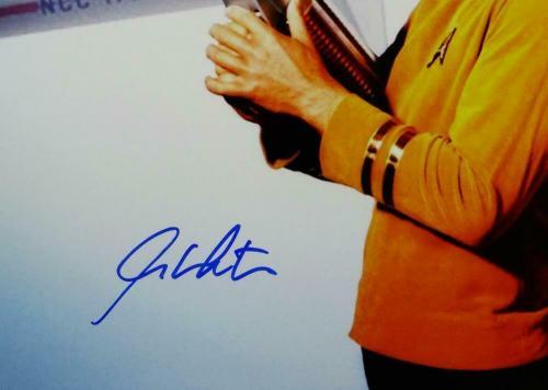 William Shatner Signed Star Trek 16x20 w/ Space Gun Photo - Beckett Auth *Blue