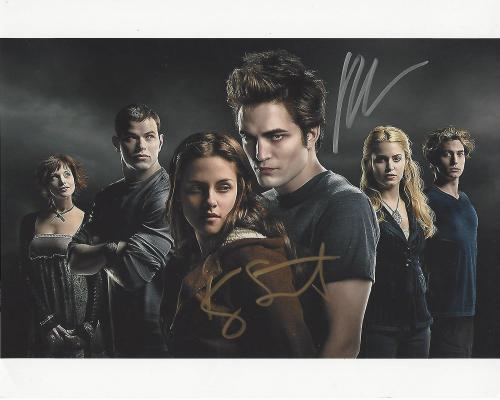 Framed Robert Pattinson Autograph Replica Print 8x10 Print