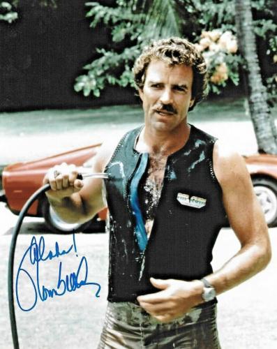 Tom Selleck Magnum PI Blue Bloods CBS Signed 8x10 Auto Photo DG COA (A)