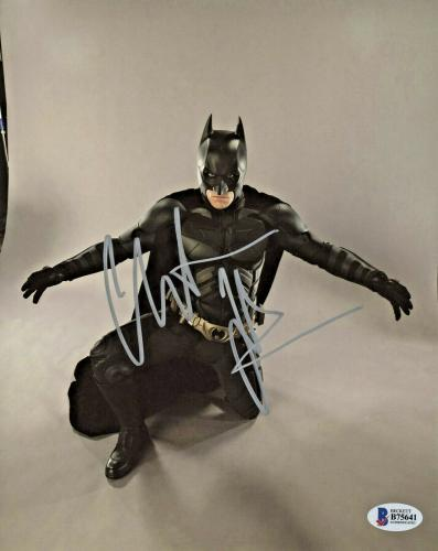 Christian Bale Signed Batman 8 x 10 Photo Kneeling Horizontal Beckett BAS COA